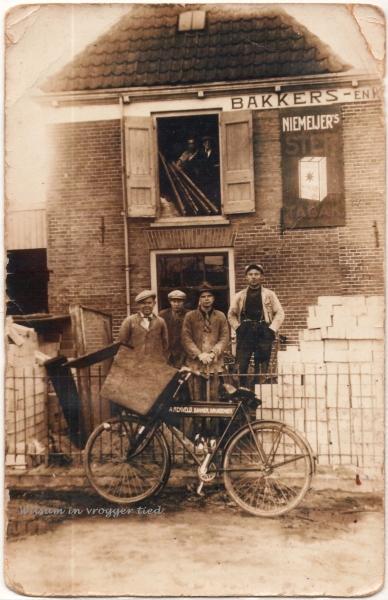 Firma Riezebos in IJsselmuiden.