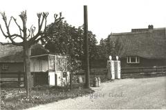 Dorpsweg 12, Benzinepomp Wielink