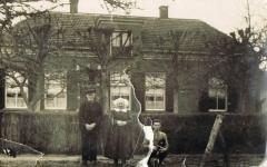 Familie E. Uitslag., rond 1920.