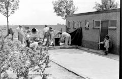 Aanleg-van-een-betonpad-bij-vv-Wilsum-op-het-voormalige-veld-aan-de-Quarles-van-Uffordweg-min